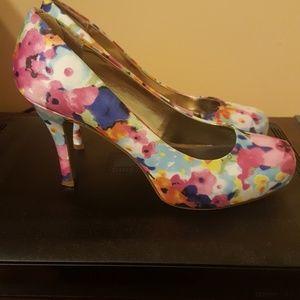 Madden Girl floral pumps