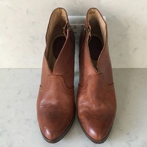 FRYE Tan Leather Booties - Size 9 UNWORN