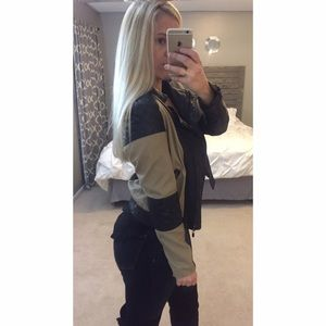 Black Leather & tan jacket
