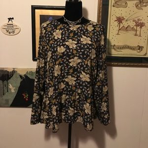 NWOT The Limited Floral Ruffle-Hem Top