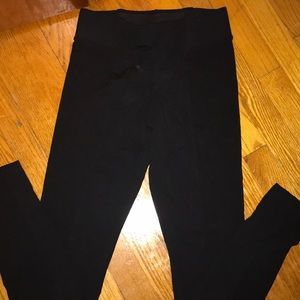 Leggings with elastic band at the top