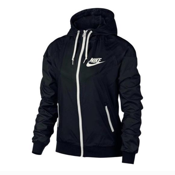 47bb584fd369 Nike Women s Sportswear Original Windrunner Jacket