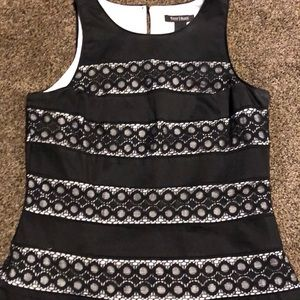 White House Black Market. SZ 8 dress top. Like new
