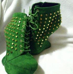 Heelless heels 👠