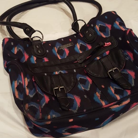 5bcbe6afceb8 Dakine Handbags - Dakine laptop bag