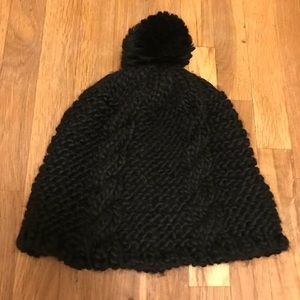 Warm winter hat NWOT