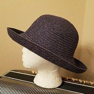 NWOT-NAVY BLUE SUN HAT