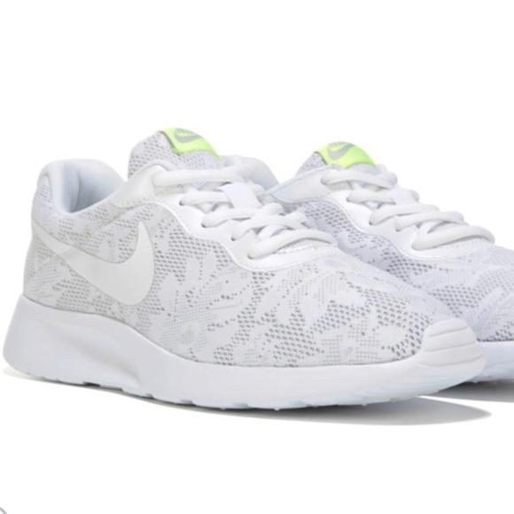 Nike Shoes Nib Womens Tanjun Poshmark