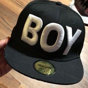 """""""BOY"""" LONDON SNAPBACK CAP"""