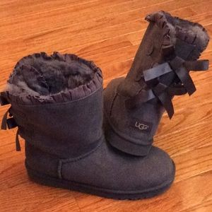 🆕 UGG bailey bow boot- size girls 6/ women's 7.5