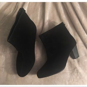 NIB Velvet Ankle Booties