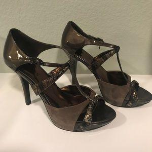 Brown suede Guess heels