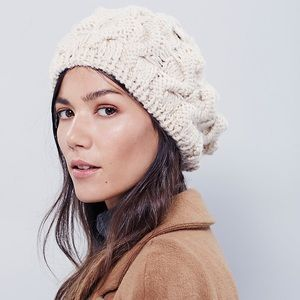 NWT Free People  Béret Beanie Hat Cable Knit