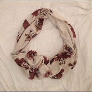 Floral Infinity Scarf plus gloves!