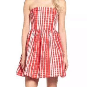 • VINEYARD VINES • gingham fit and flare dress
