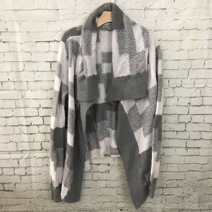 EUC Gap Gray Plaid Knit Sweater Cardigan Small