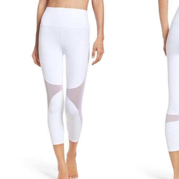 110094607c ALO Yoga Pants   White Capri Yoga Leggings Alo Nordstrom Size M ...