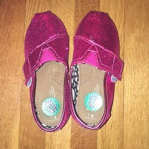 Toms pink sequin toddler size 8