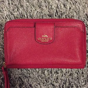 Beautiful Red Coach Leather Wristlet / Cell Holder