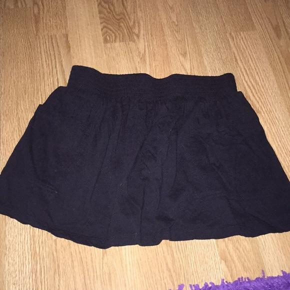 Forever 21 Dresses & Skirts - Forever 21 Black skirt