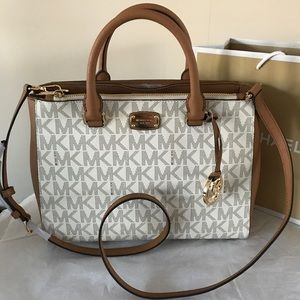 Michael Kors Kellen Medium Satchel Bsg