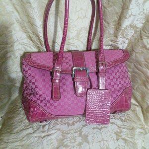 Liz Claiborne pink handbag