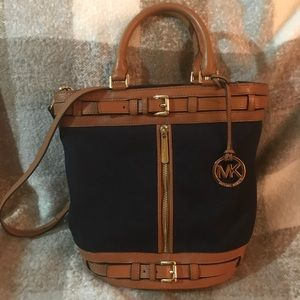 Michael Kors Bucket Style bag