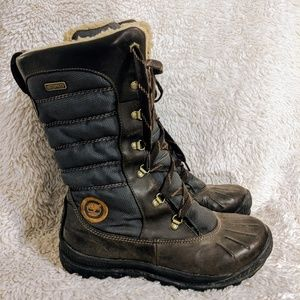 Timberland snow boots women's 9
