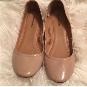 Mission Nude Flats
