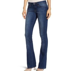 Lucky Brand Sofia Bootcut ankle 2/26