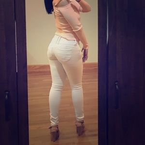 YMI Wanna Betta Butt booty lifting jeans in white