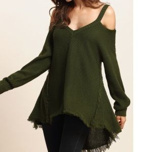 CUTE ARMY GREEN KNITTED TEE