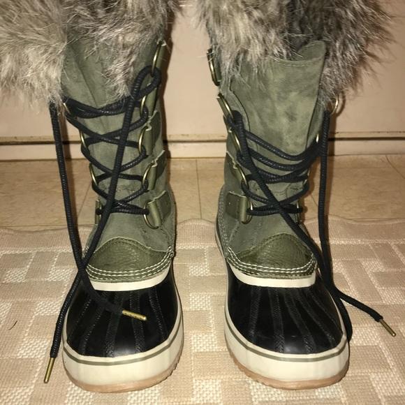 Sorel Joan Of Arctic Olive Green Boots