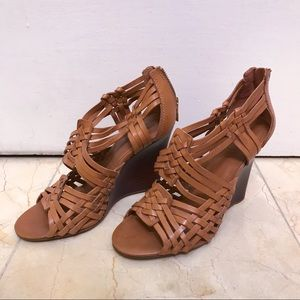 Tory Burch Tevray Leather Wedge Sandals Size 7