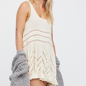 |Free People| Voile And Lace Trapeze Slip