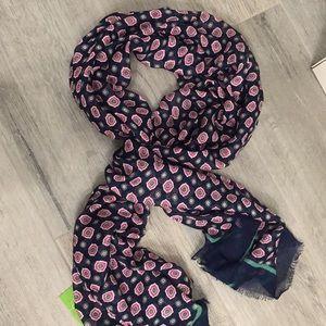 NWT Vera Bradley soft scarf