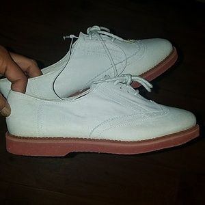 Shoes - NWT suede-like Oxford's