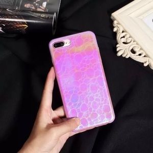Accessories - Pink scales iPhone 7 case