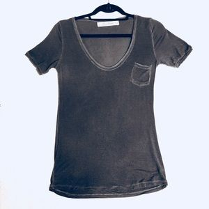 Zara stretchy front pocket tee