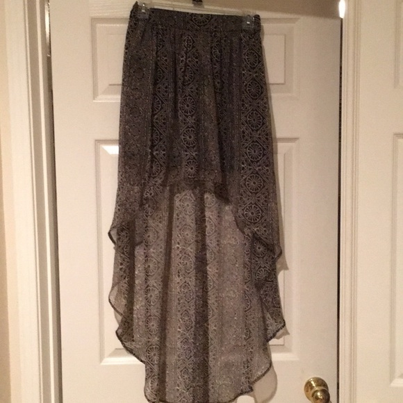 Ecote Dresses & Skirts - Brown with black design skirt