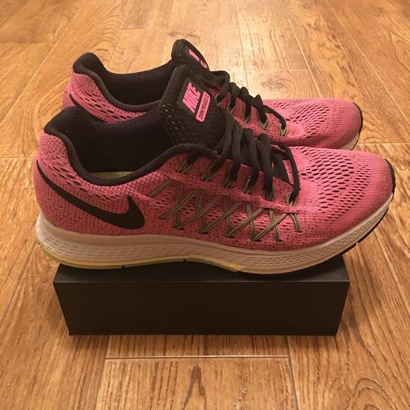 [Nike] Women's Air Zoom Pegasus 32 Running Shoes