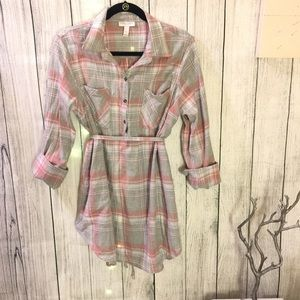 Soft tunic in pastel plaids and fabric waist tie