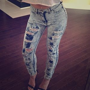 Ripped Distressed High Wasted Acid Wash Light Jean