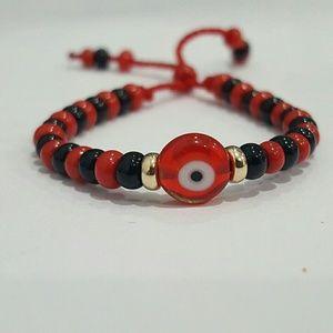 Jewelry - 14k yellow gold Evil  eye black red bead bracelet