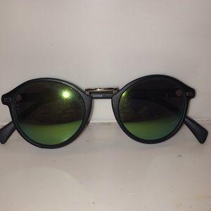 Sunglasses, never been worn!
