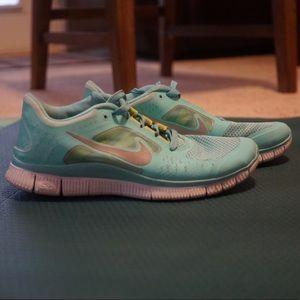 Tiffany Blue Nike Free Runs