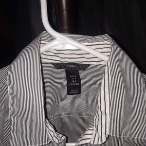 H&M button up top