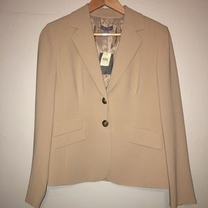 New With Tags Ann Taylor Womens  Suit Jacket 4