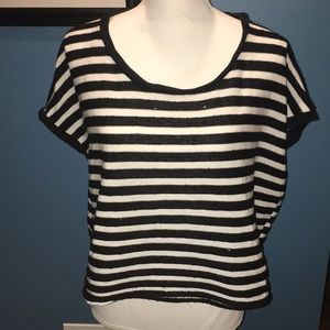 Black and while sequence top