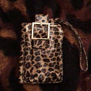 Nice leapard clutch
